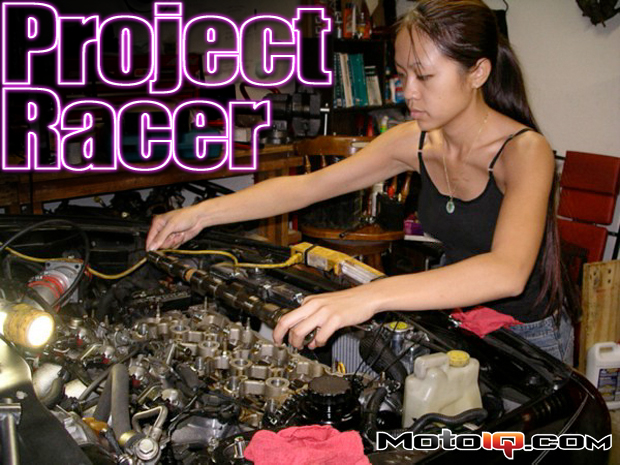 annie changing Nissan SR20DE Cams with JWT S4HL.