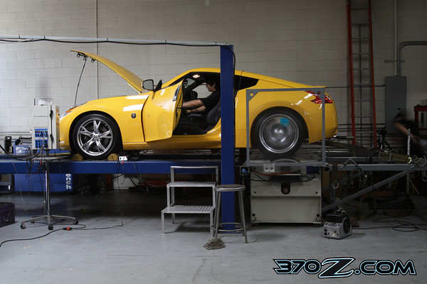 Nissan 370Z Six Speed on Dyno